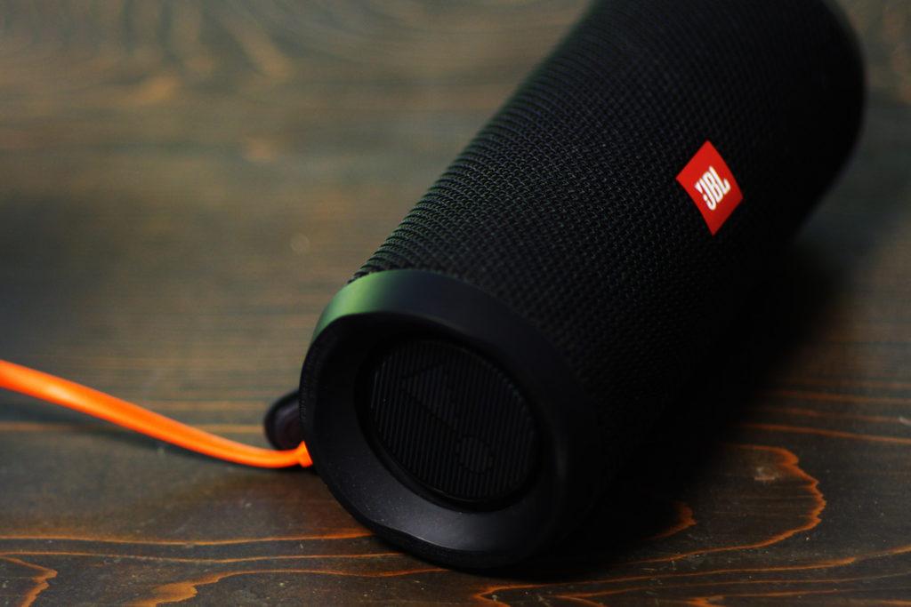 JBL FLIP4(フリップ4) Bluetooth防水コンパクト スピーカー FRONT