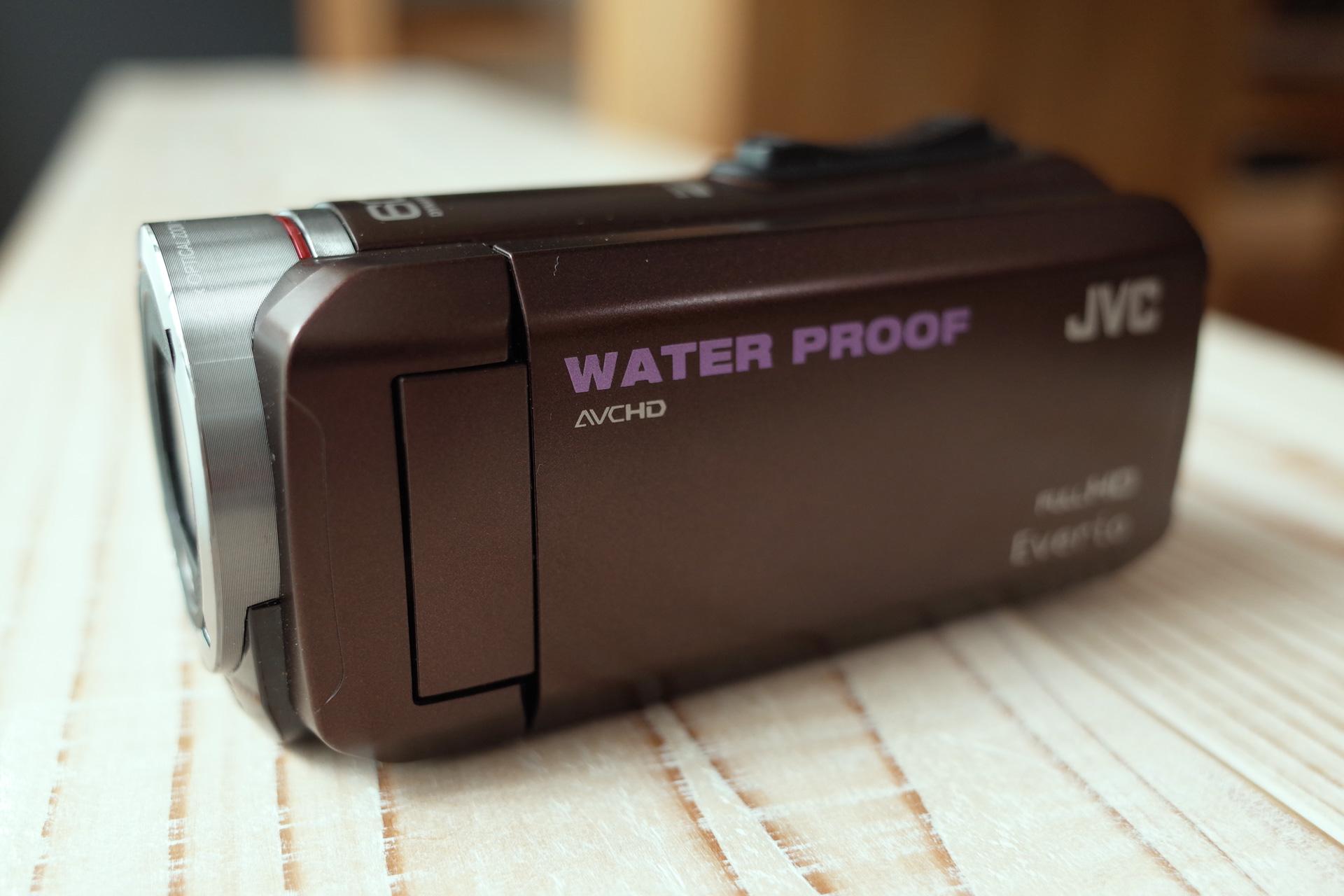 ハンディカメラ JVC everio 光学60倍