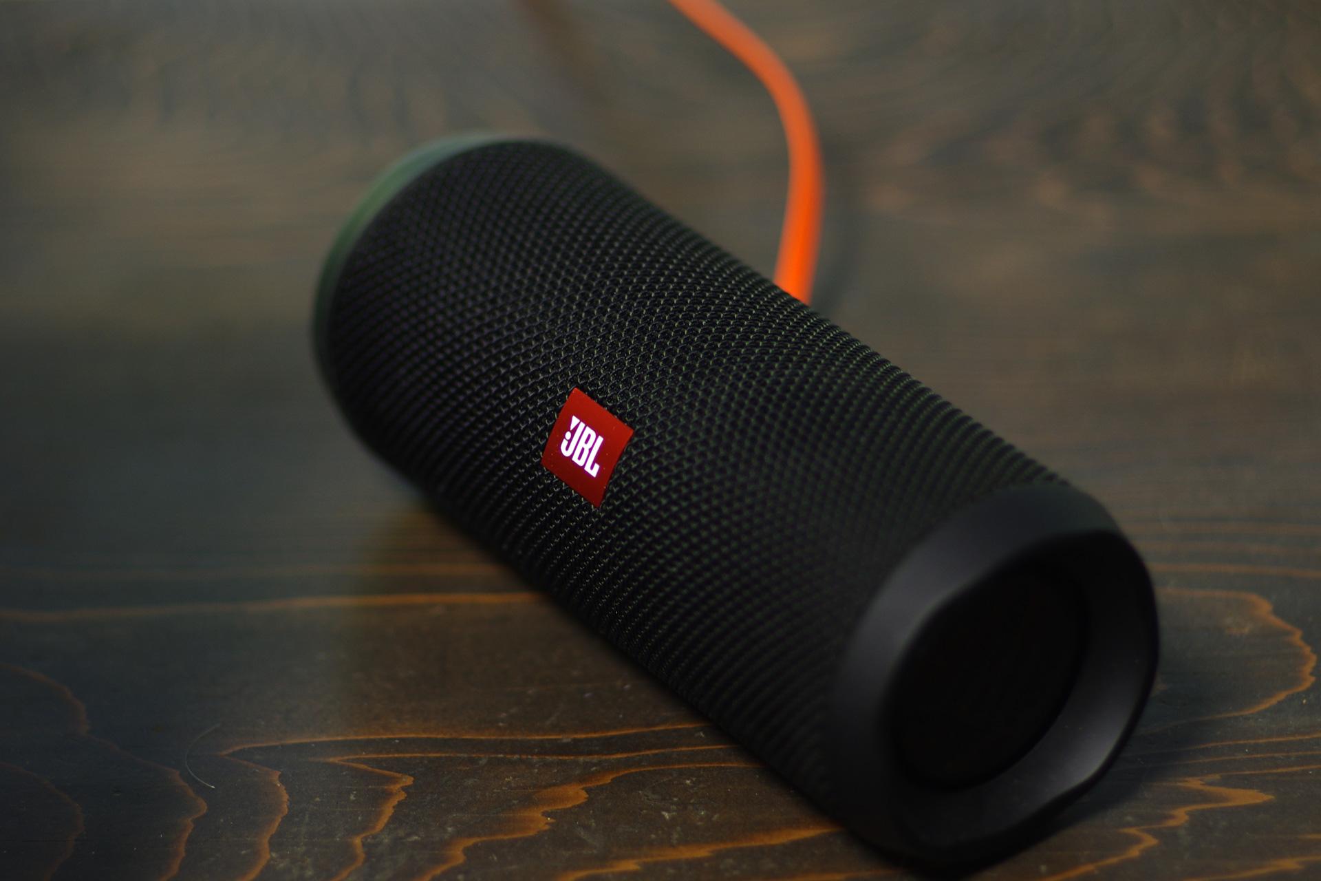 JBL FLIP4(フリップ4) Bluetooth防水コンパクト スピーカー