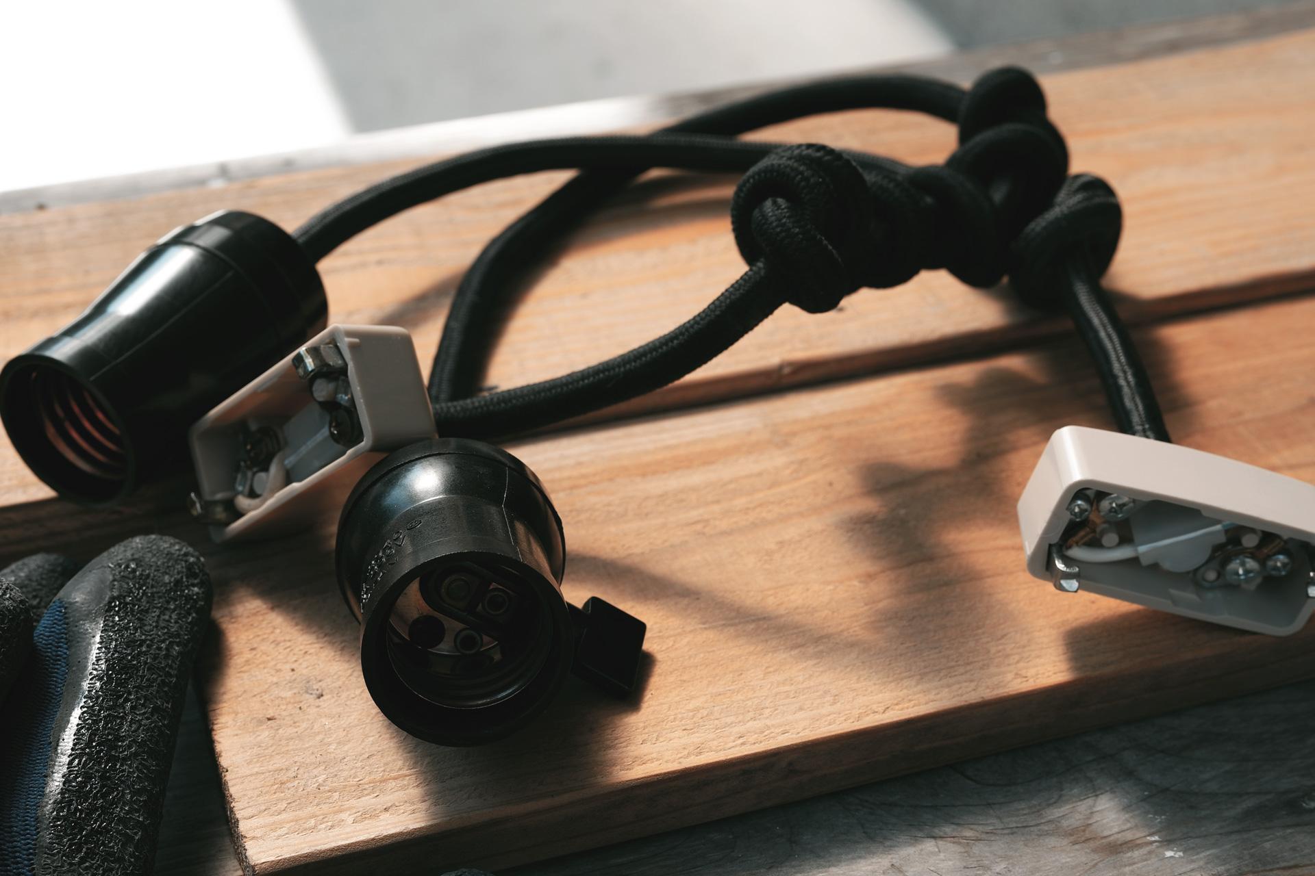 照明(ラジオソケットタイプのペンダントライト)ビフォー