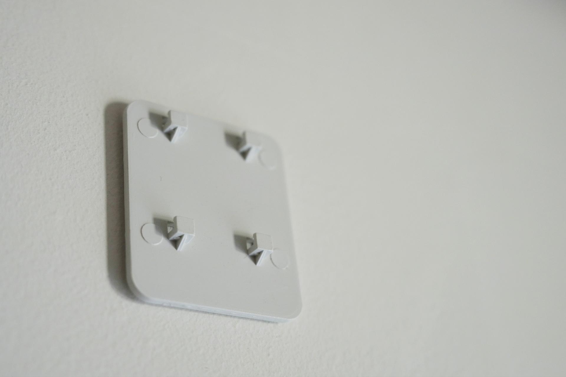 LEDセンサーライト USB充電式 壁掛け用フック