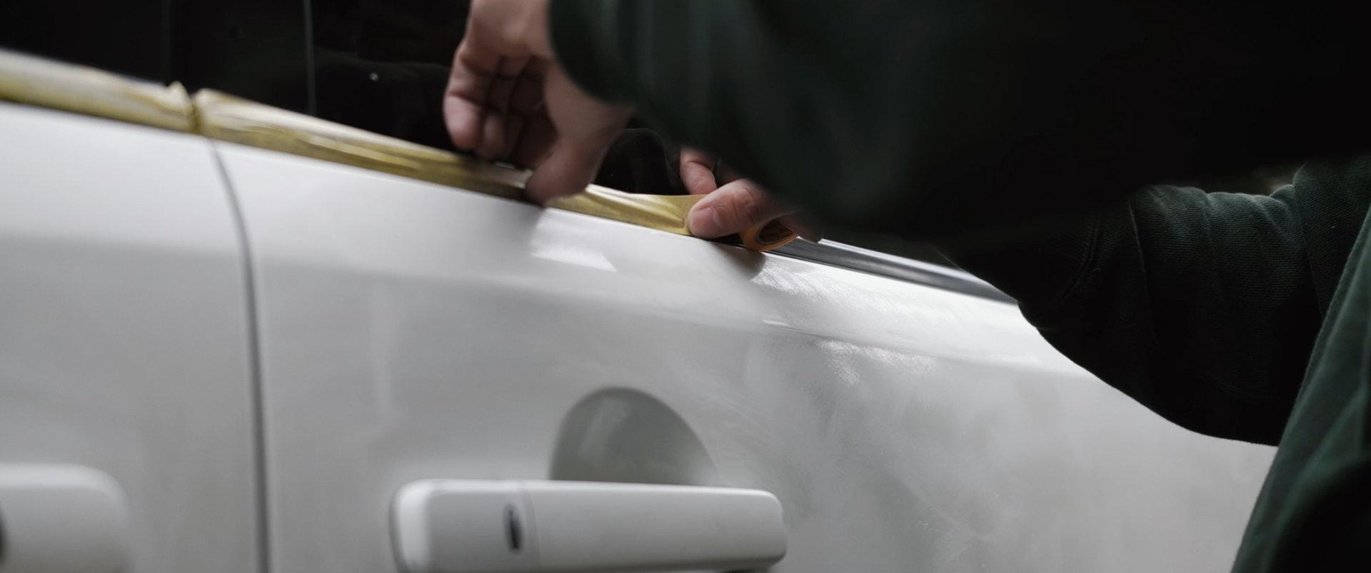 セレナをDIY全塗装 マスキングテープで養生|車塗装
