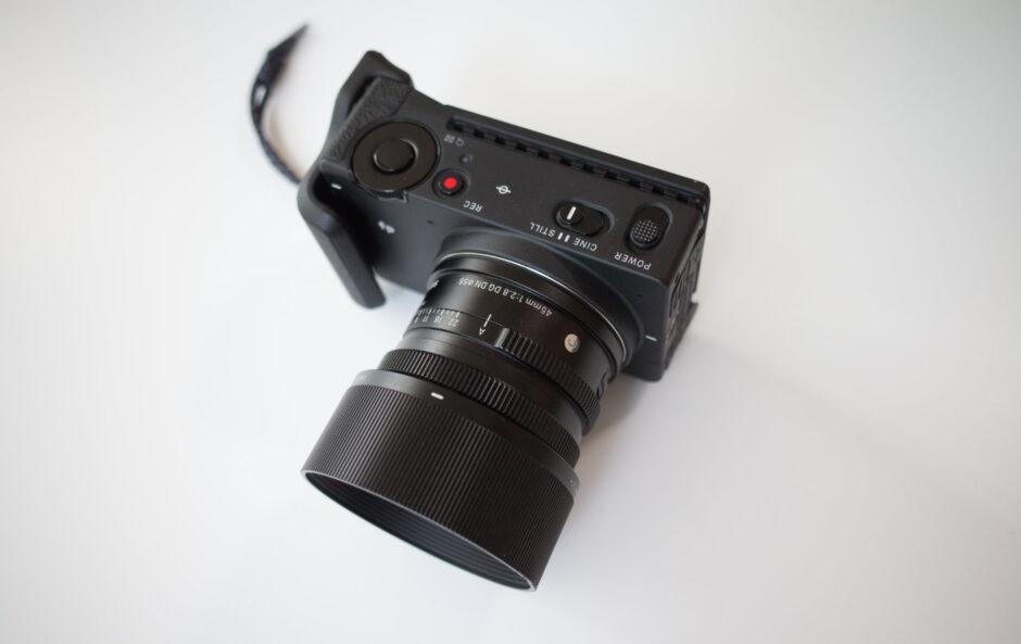 SIGMA fp + SIGMA 45mm 2.8 DG DN