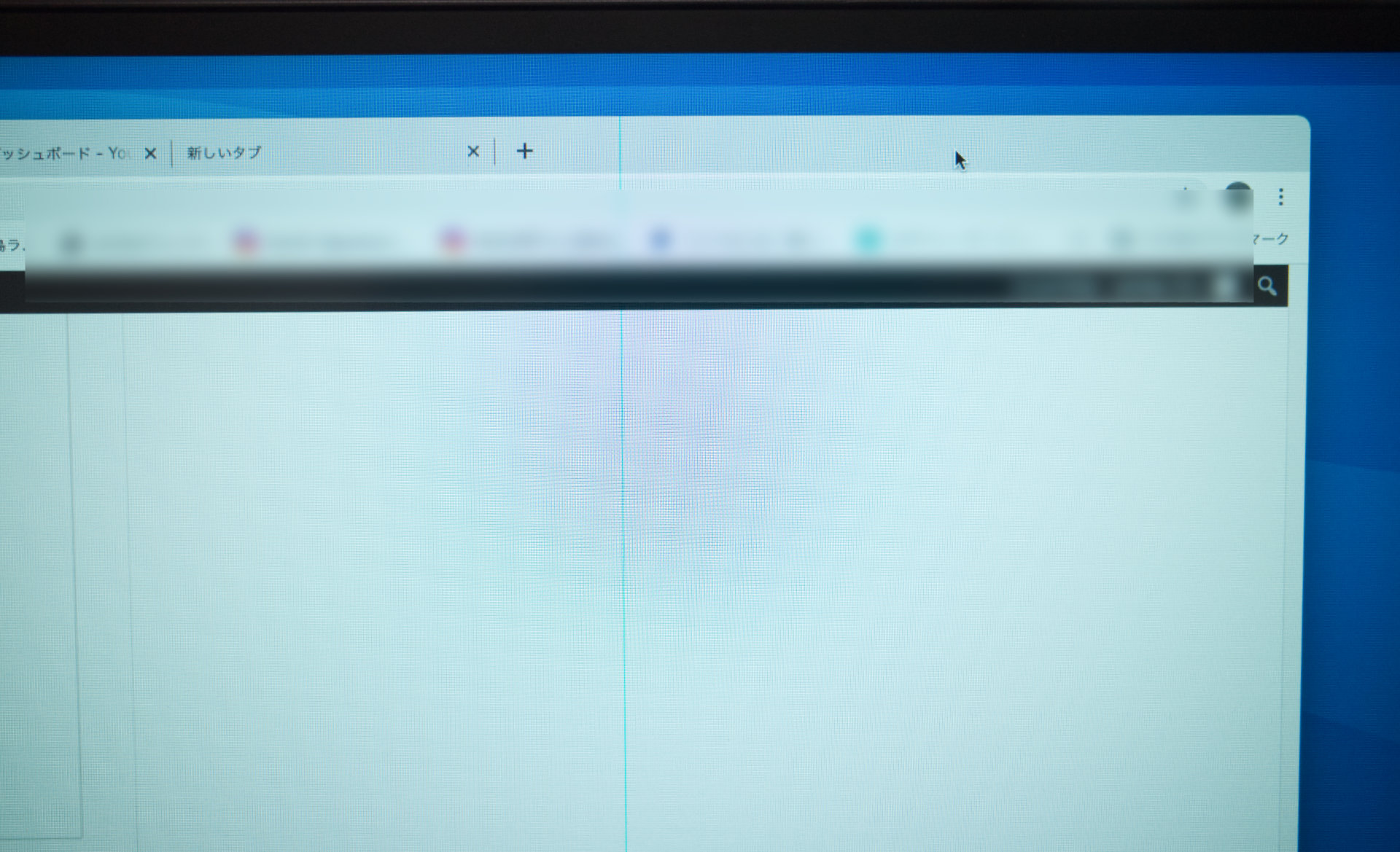 PC液晶モニターに青色(赤色)の一本縦線が入る