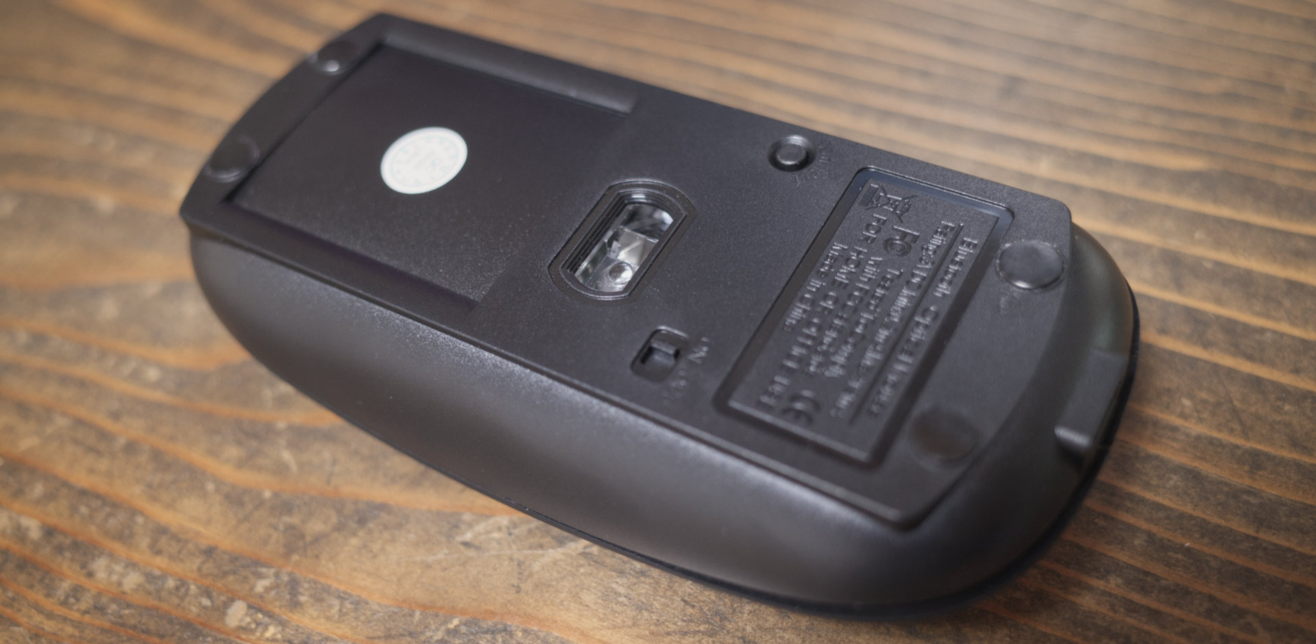 Bluetooth ワイヤレスマウス「Scheki 」のbottom