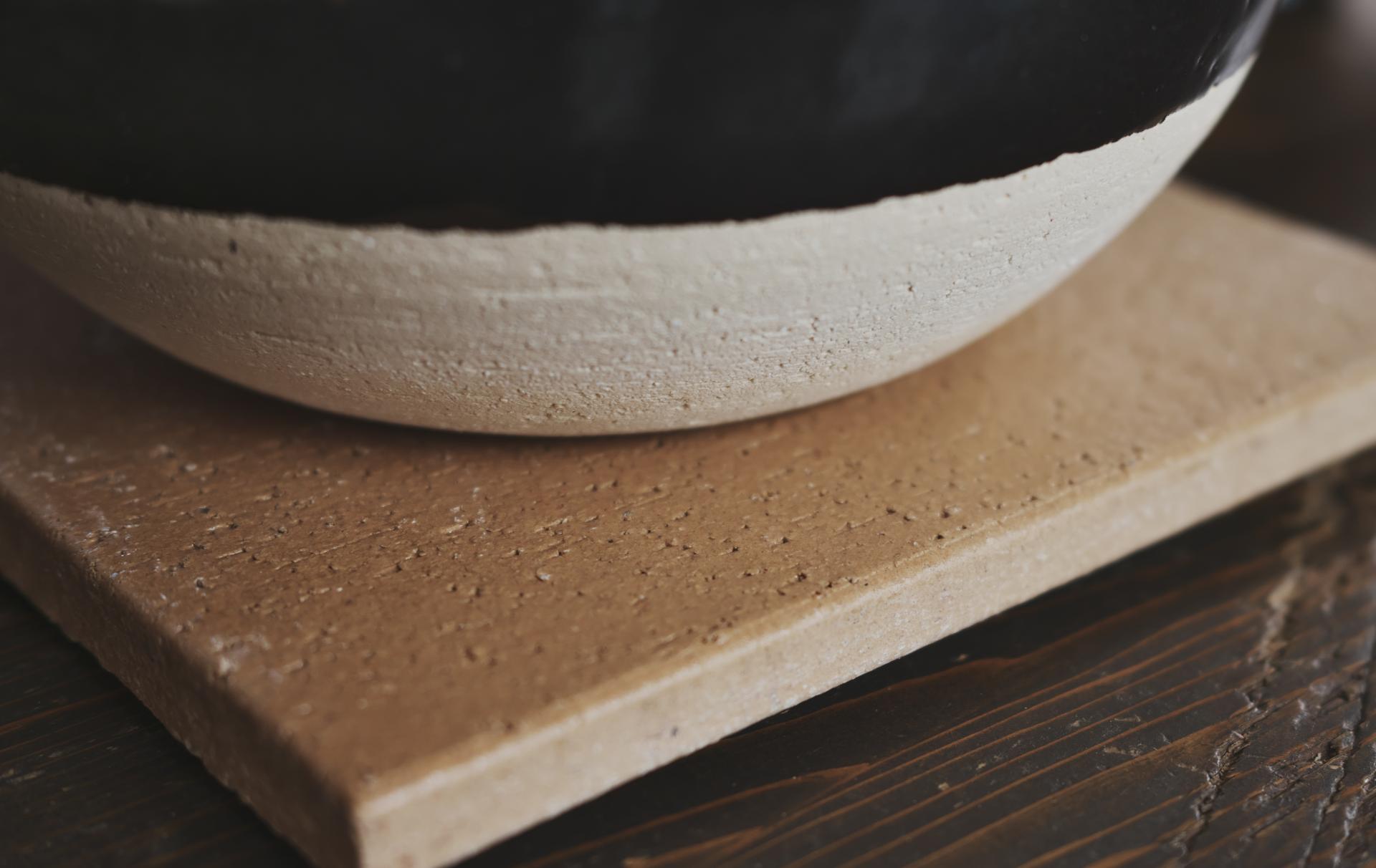 長谷園のかまどさん 陶製の敷板